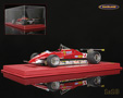 Ferrari 126 C2 V6 Turbo F1 GP USA West Long Beach 1982 Gilles Villeneuve mit Vitrine